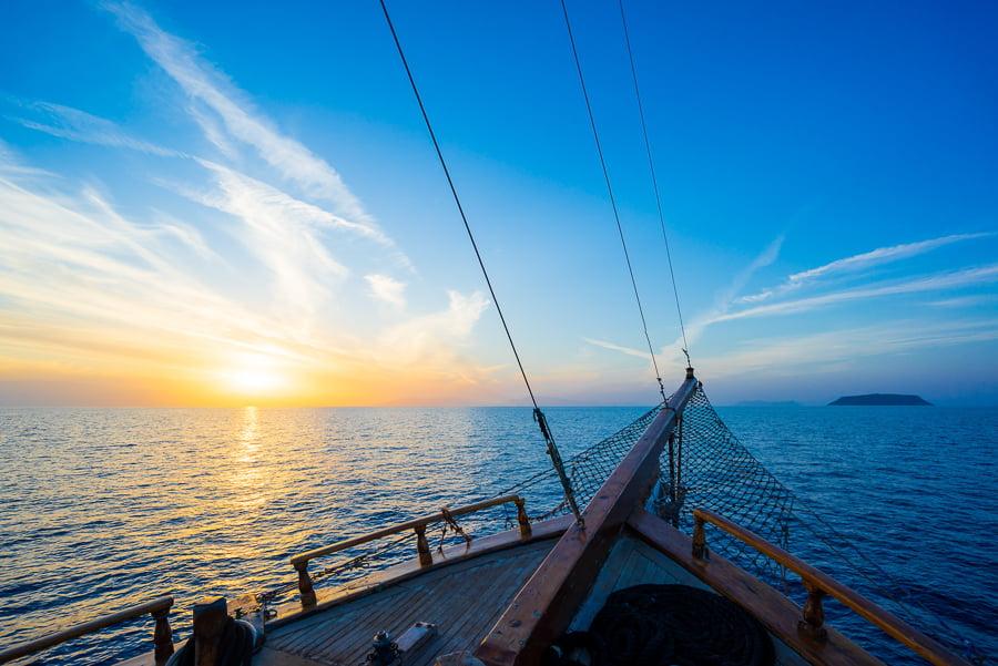 sailing around paros