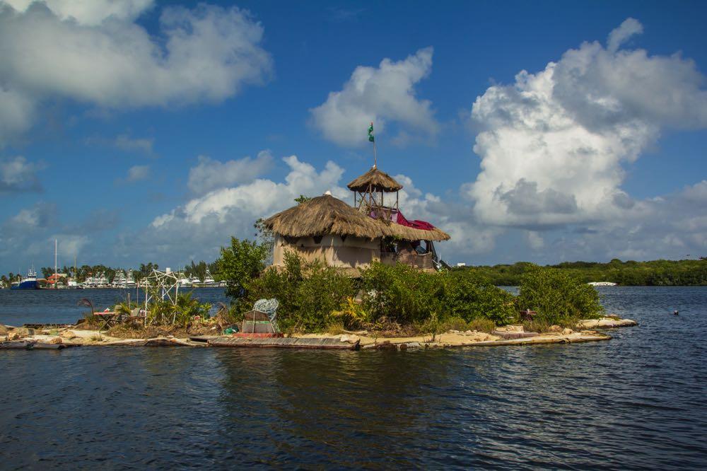 plastic bottle island in isla mujeres