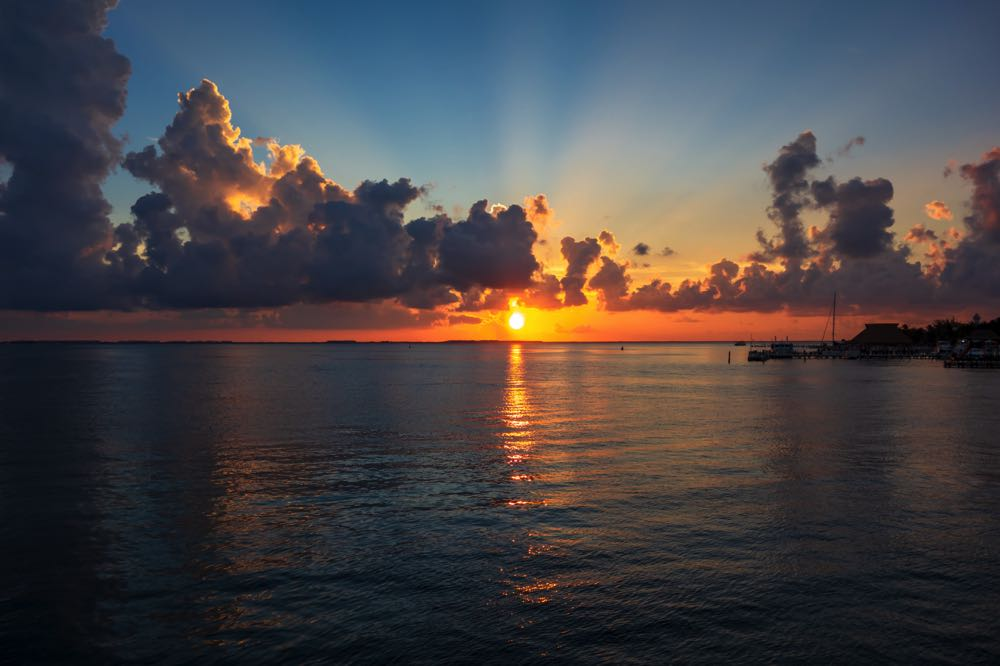 sunset sail isla mujeres