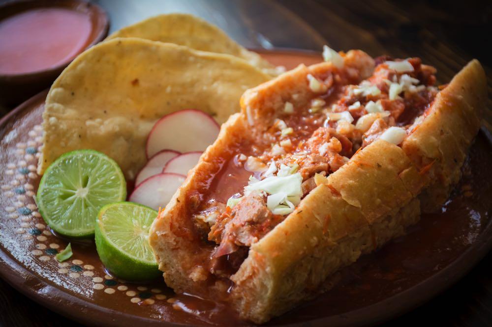 tortas ahogadas what to eat in guadalajara
