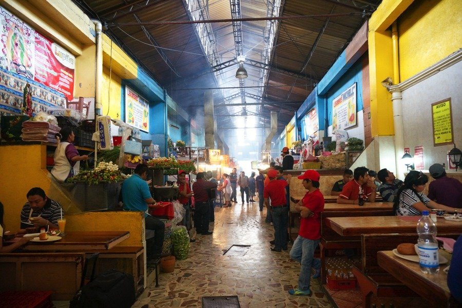 things to do in oaxaca try the 21 de noviembre market for meat