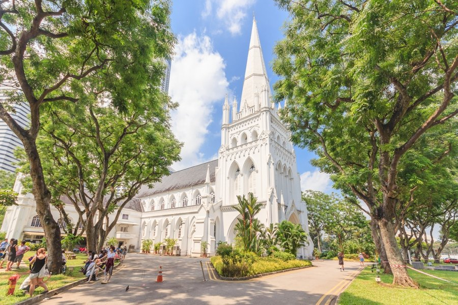 visiting a church is one of the top things to do in singapore