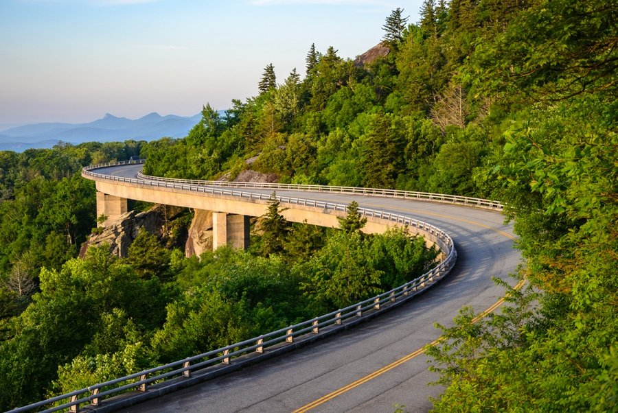 the blue ridge parkway drive is one of the highlights of asheville nc