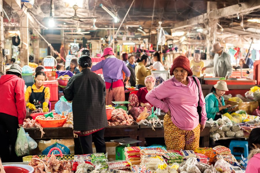 visiting the market is one of the best things to do in siem reap