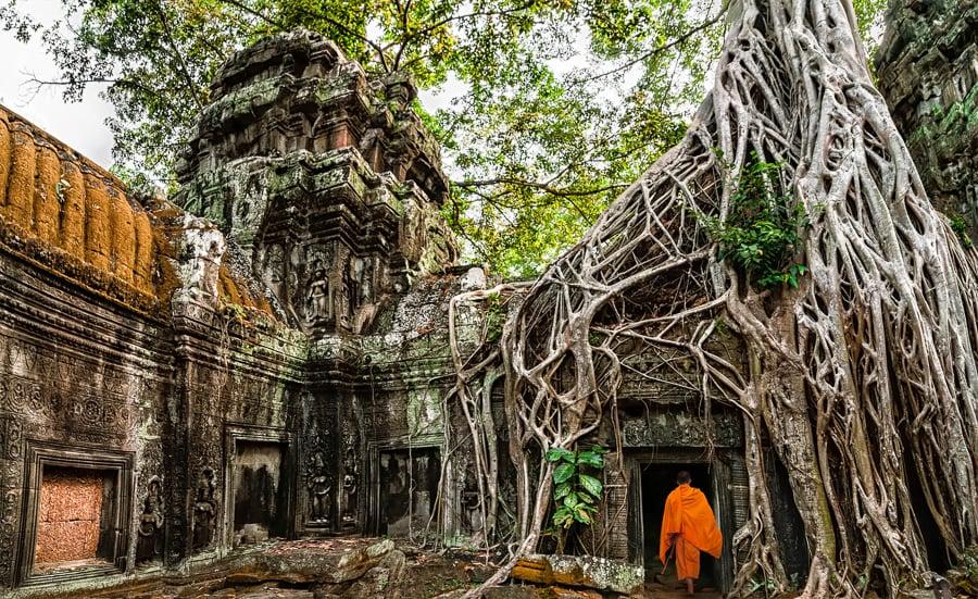 visiting angkor wat cambodia