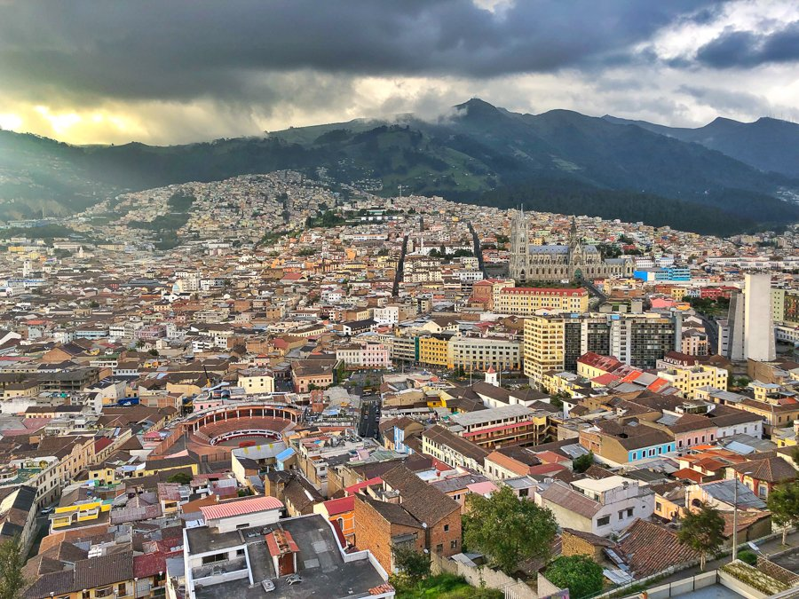 things to do in Quito old town