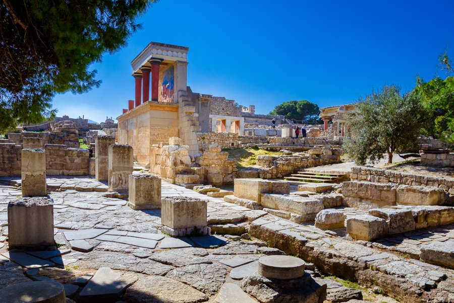 knossos on crete island greece