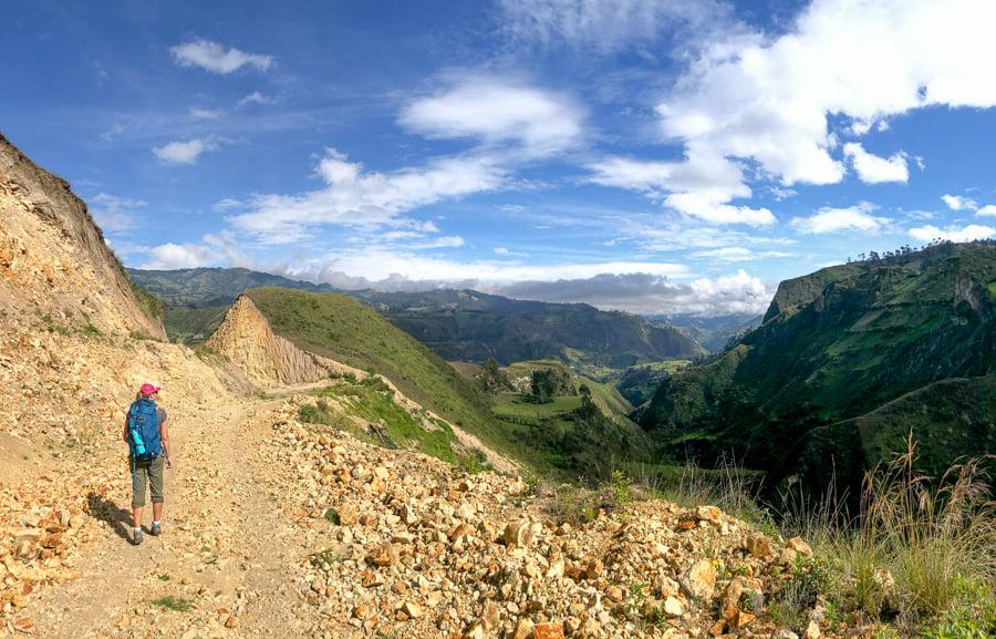 hiking from isinlivi to chugchilan ecuador_