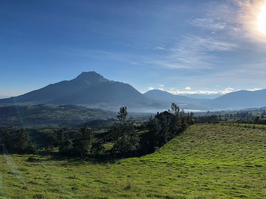 travel to otavalo ecuador