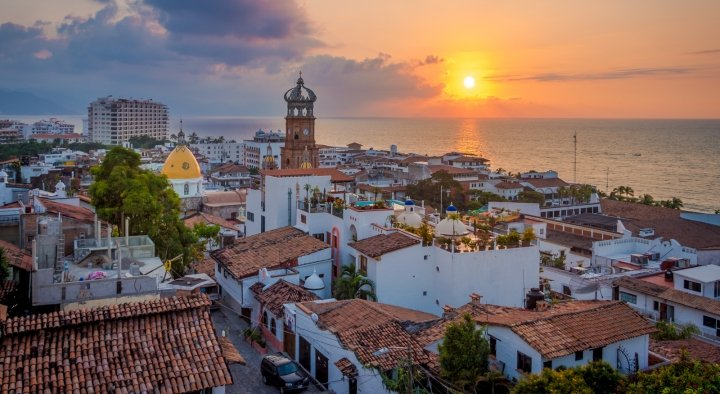 where to stay in puerto vallarta best hotel guide