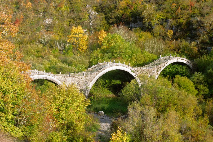 3 arch stone bridge zagori greece