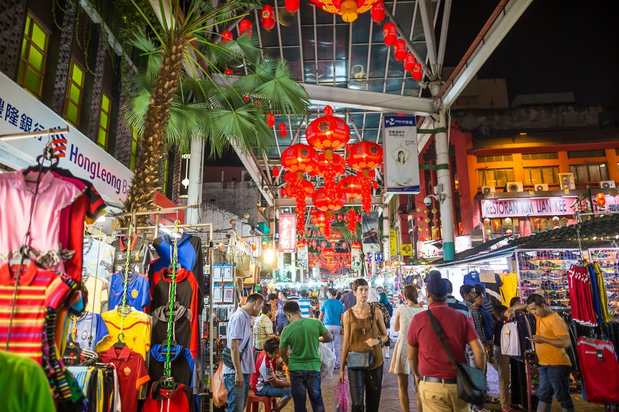 one of the best things to do in KL is to visit chinatown