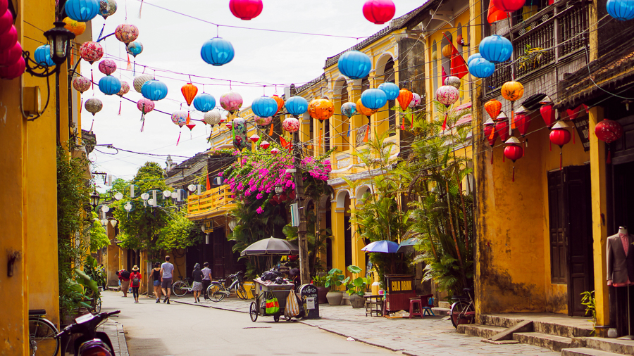 things to do in vietnam visit hoi an