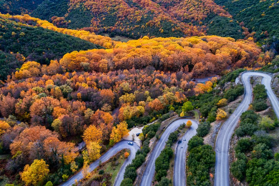 driving vikos gorge hairpin turns
