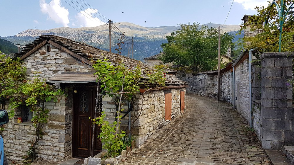 papingo village in zagori greece