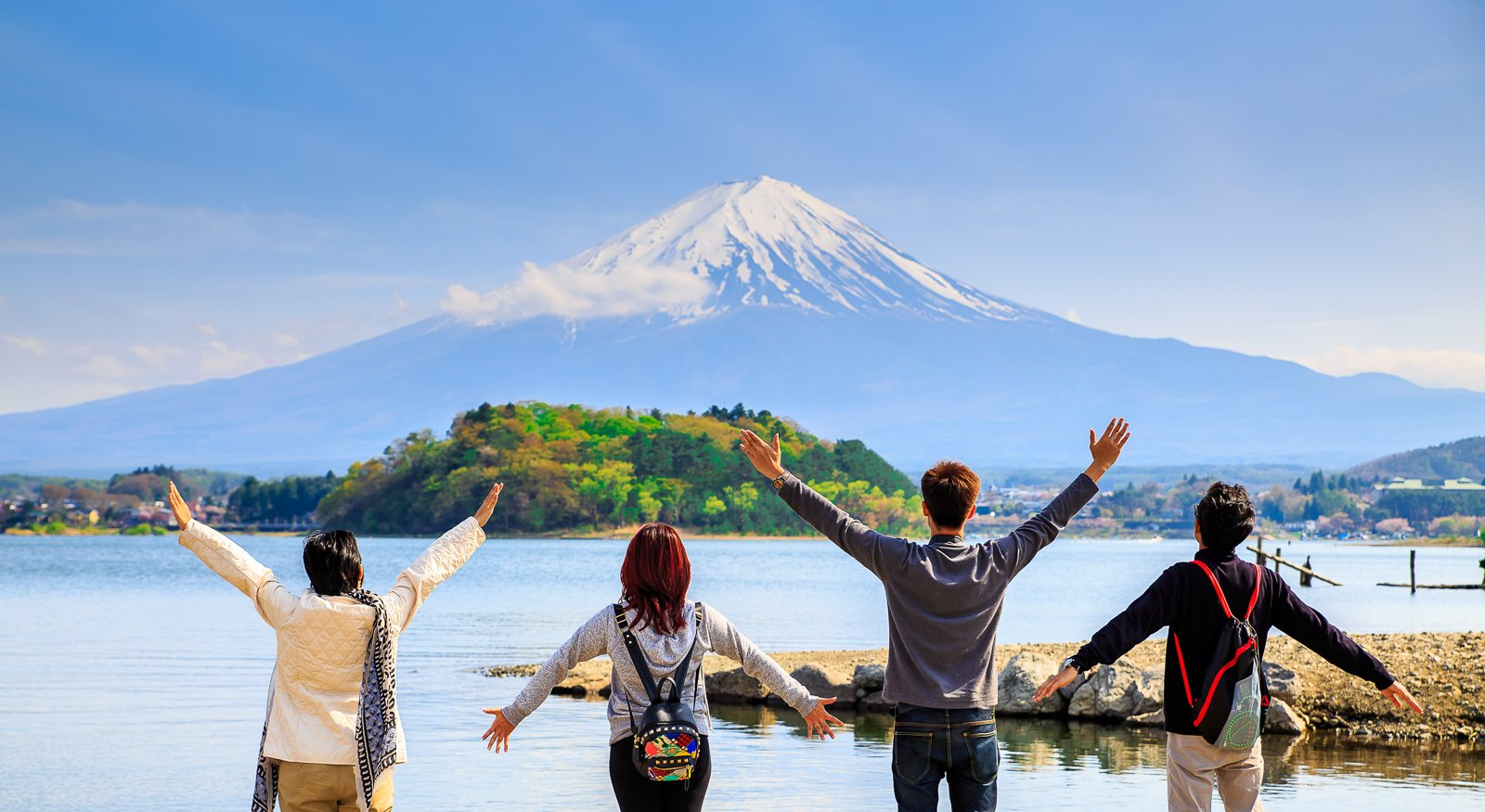 How To Get a Working Holiday Visa in Japan: A Step-By-Step Guide