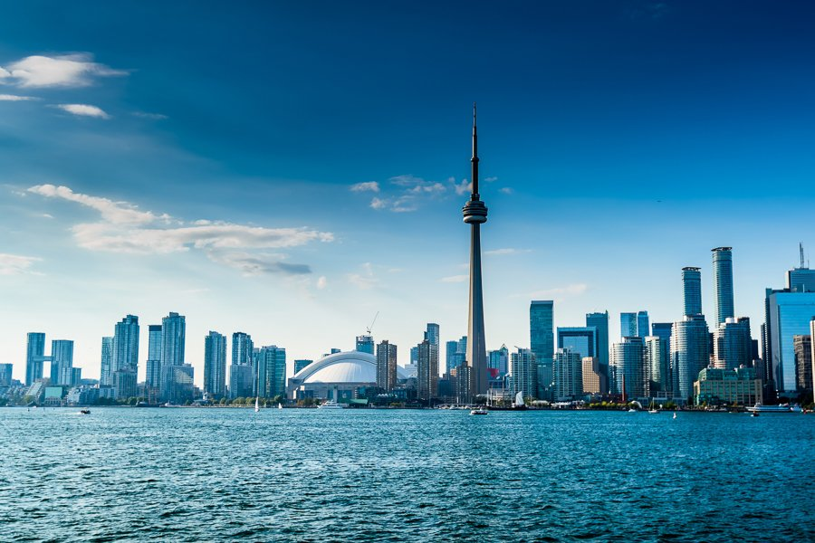 working visa for canada live in toronto