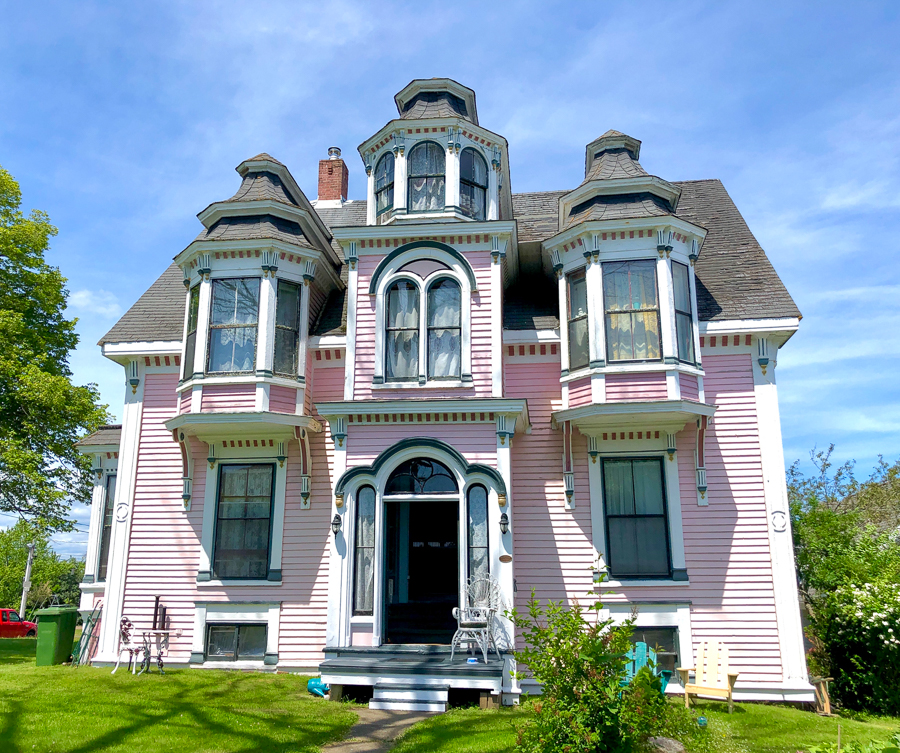 architecture of lunenburg nova scotia
