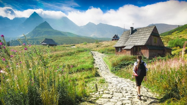 guide to backpacking europe