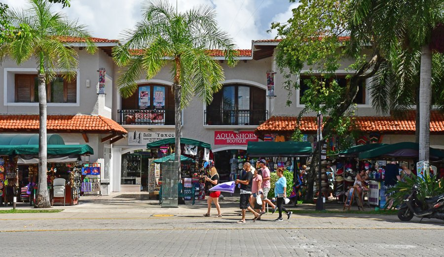 playa del carmen playacar neighbourhood