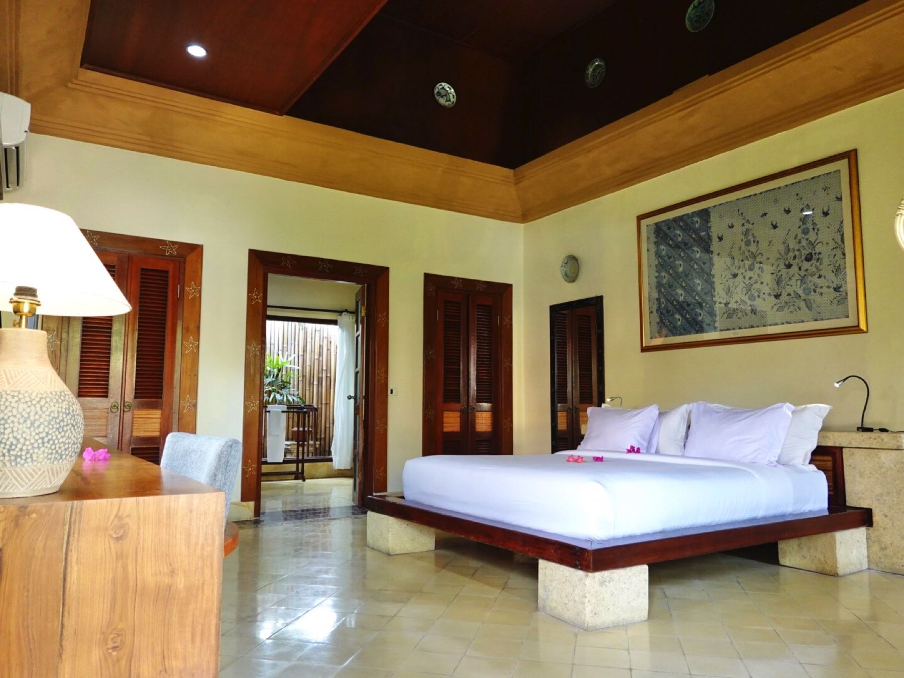 villa almarik room on gili trawangan