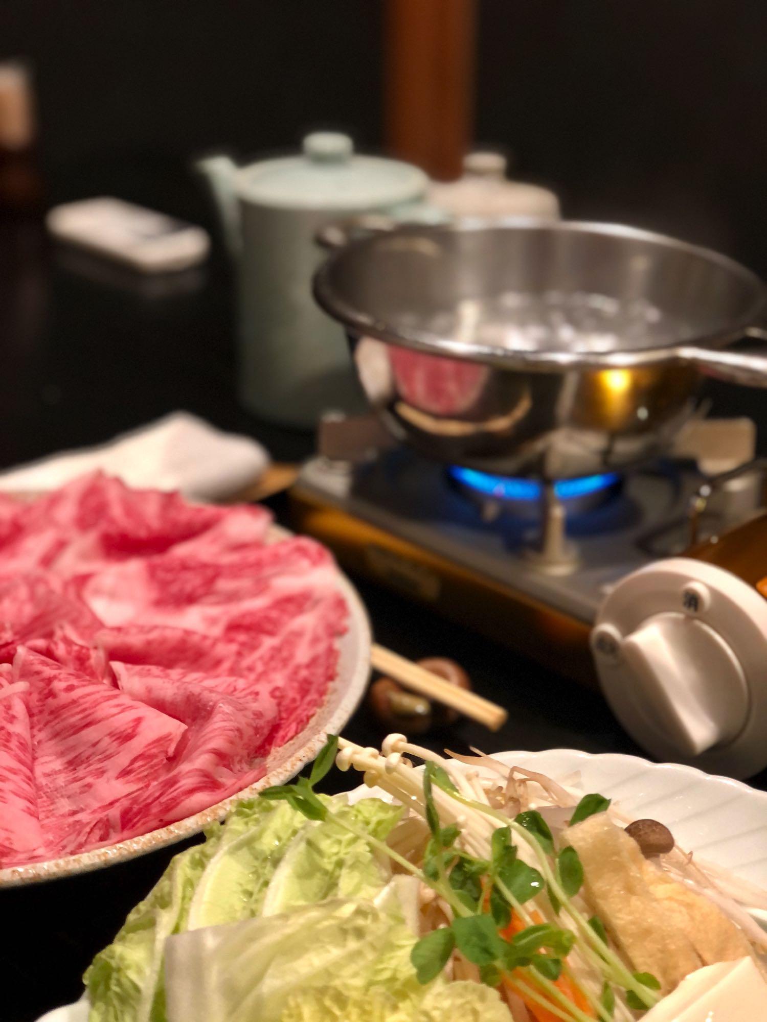 eating shabu shabu