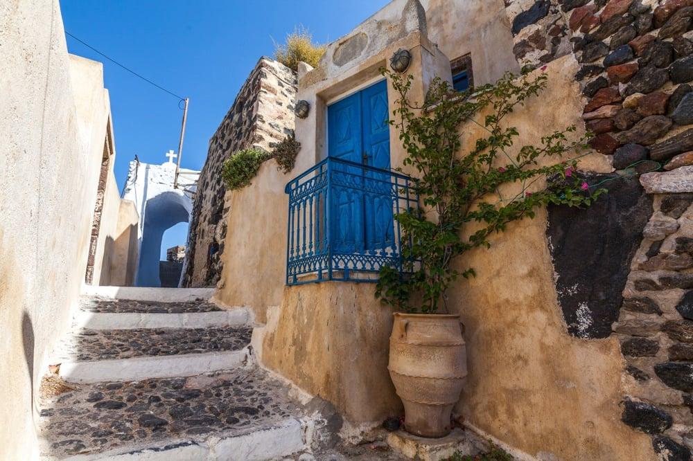 pyrgos village santorini