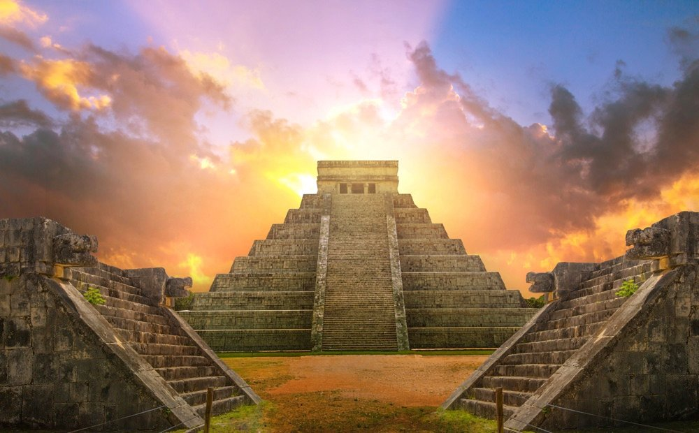 chichen itza ruins day trip from cancun mexico