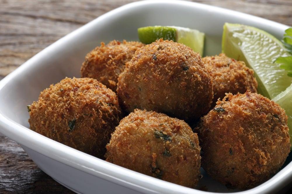 Bolinhos de Bacalhau Portuguese foods to eat