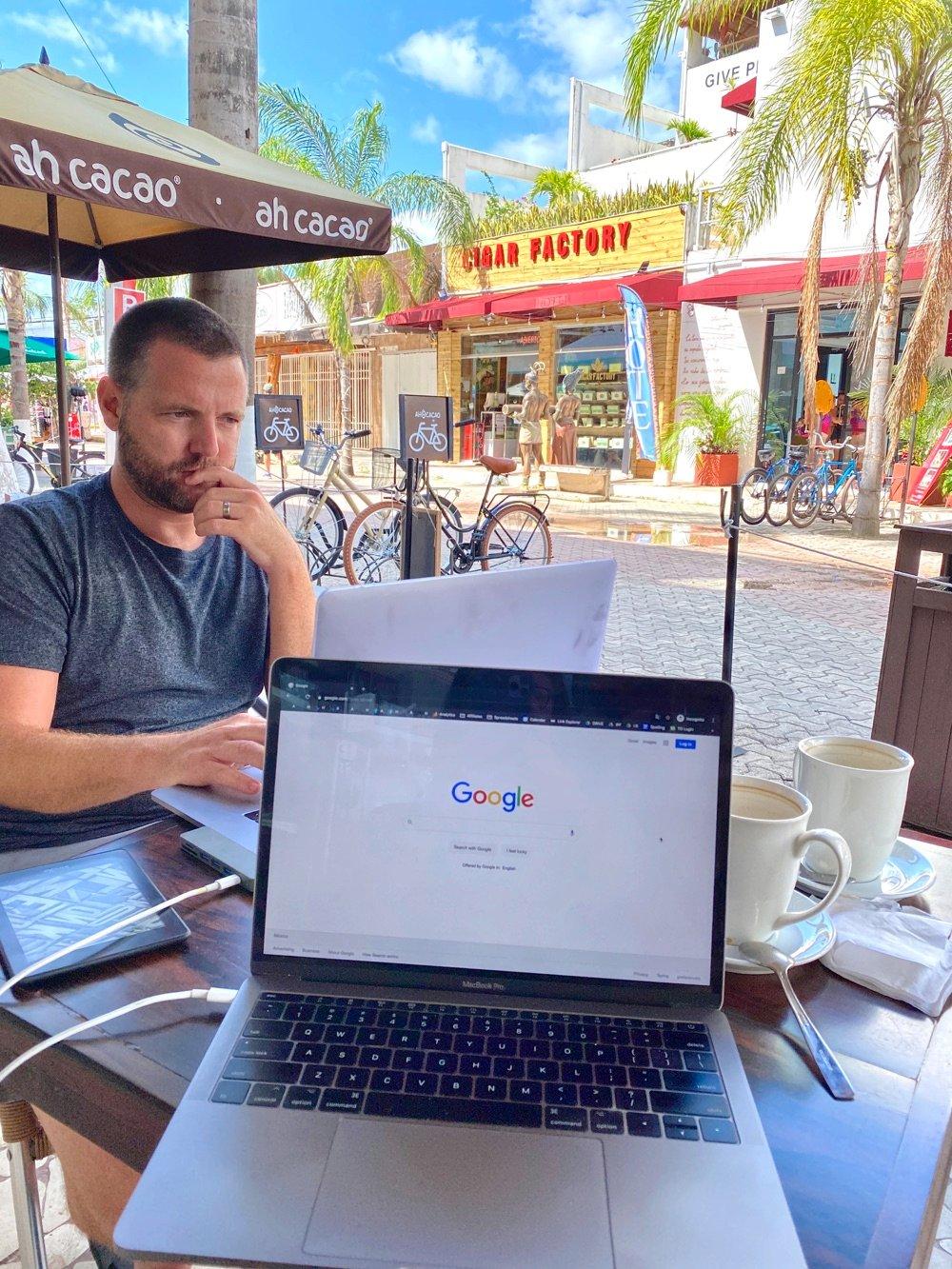 digital nomad working in playa del carmen