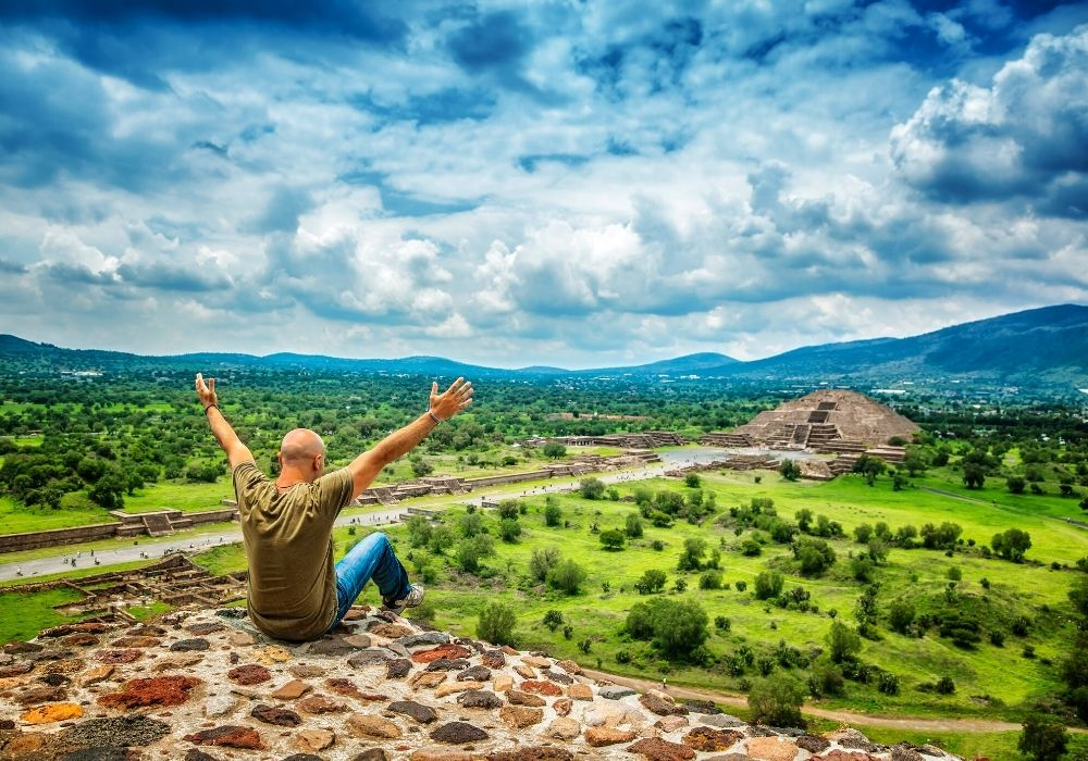 things to do at the Teotihuacan Ruins